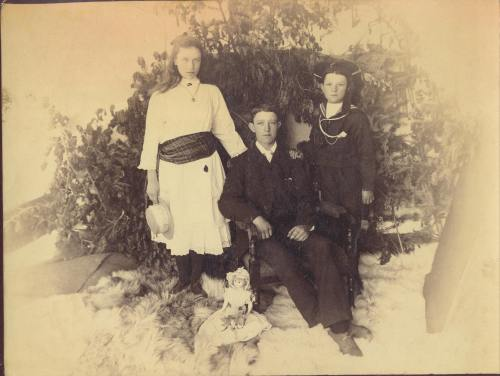 Ted Dewdney (right) in 1891 with his sister Rose and brother Walter.