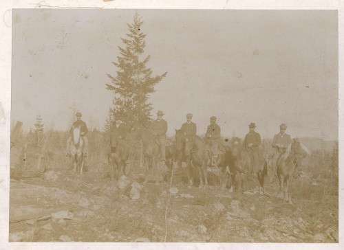 edgar dewdney with party inspecting  betw trail and rossland 001