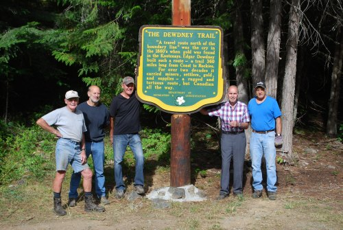 6guys w dewd trail sign