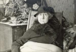 bertha gray peters 1944
